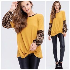 ❤️LAST 2! Mustard Leopard Puff Sleeve Sweater!